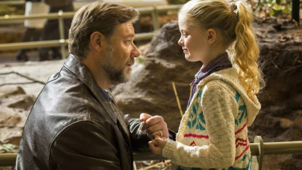 fathers and daughters movie, amanda seyfried