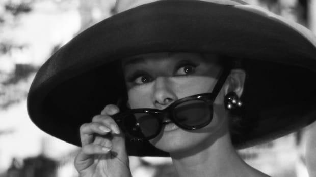 Audrey_Hepburn_Tiffany's_3 copy