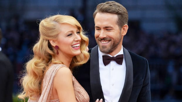 ryan-reynolds-blake-lively-tease-today-01_e80bb884fcc00d09e7efad4fde678034