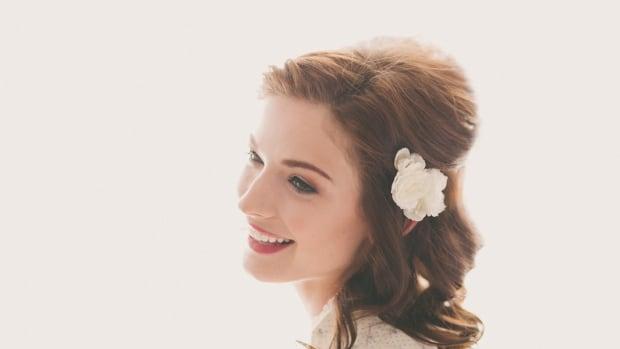 bridal-looks-slider.png
