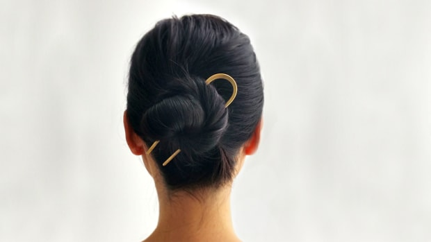 092516-hair-accessories-slider.png