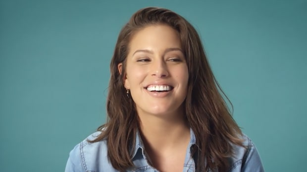 ashley-graham-slider.png
