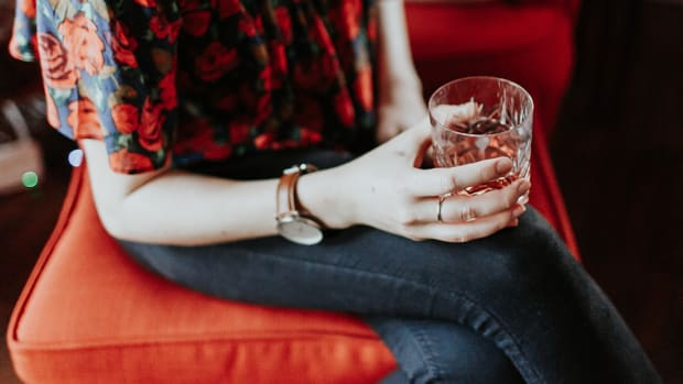 92017_Research Shows More Women Than Ever Are Binge-Drinking—And The Reasons Relate to Us All_1200x620_v1
