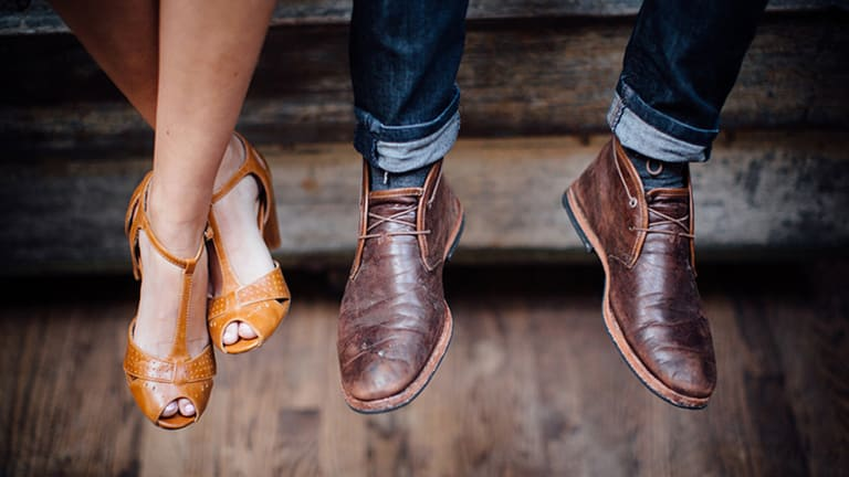 Gentlemen Speak: 4 Things to Remember If You Want to Be Friendly Without Leading Him On