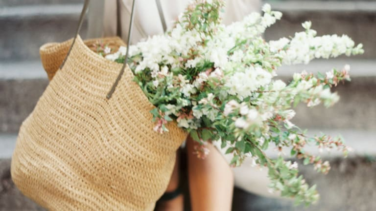 7 Easy Tips to Help You Live a More Organized, Intentional Life This Spring