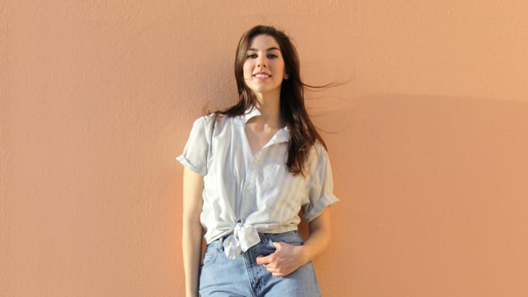 Why the Return Of High-Waisted Jeans Is a Good Thing For Womankind