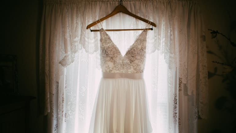 8 Ways to Get Your Dream Wedding Dress Cheap