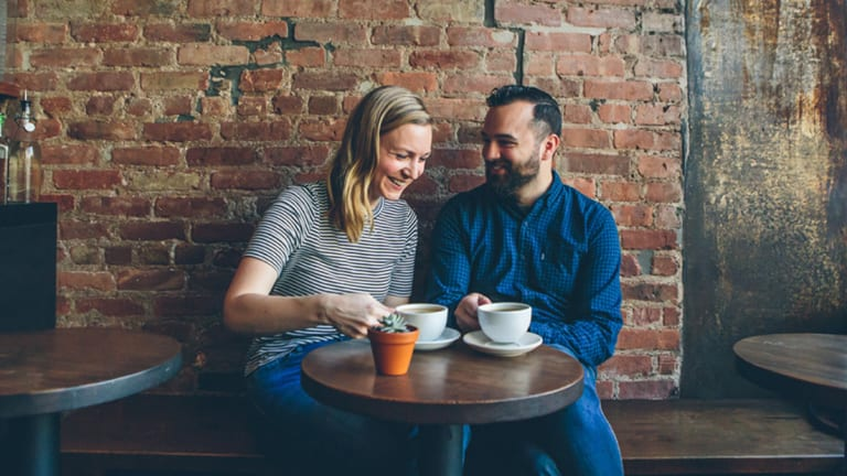 4 Ways to Get from Meet-Cute to First Date Faster