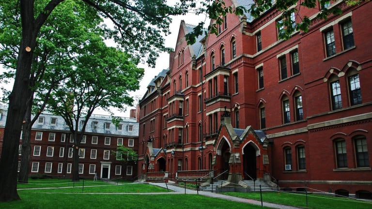 Why Harvard's Response to Women's Objectification Is a Move In the Right Direction