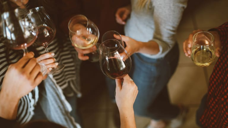 4 Steps to Hosting Your Own Wine Tasting