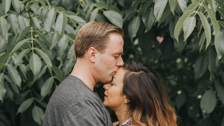 A Simple Daily Ritual that Makes All the Difference in Your Marriage