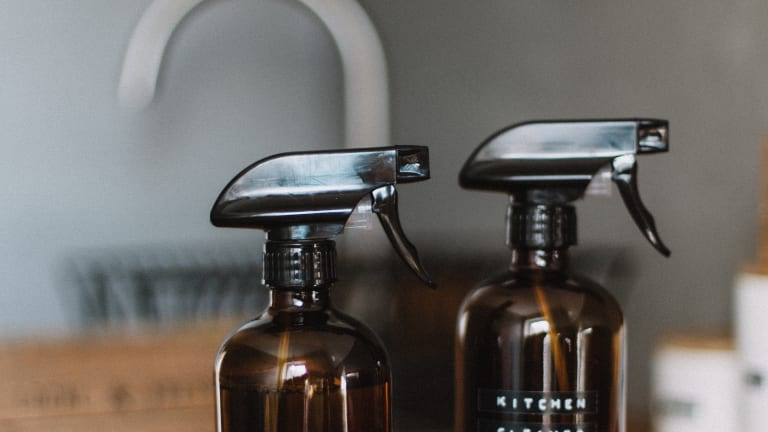 6 Easy DIY, All-Natural Cleaning Solutions