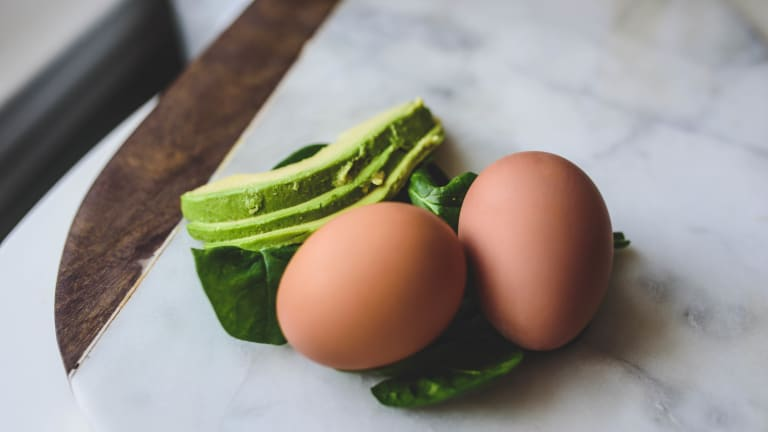 Egg Sandwiches with Avocado and Mixed Greens