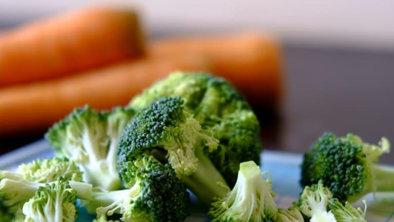 Easy, Delicious Broccoli Cheddar Soup