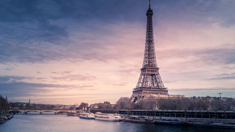 Life in: Paris, France