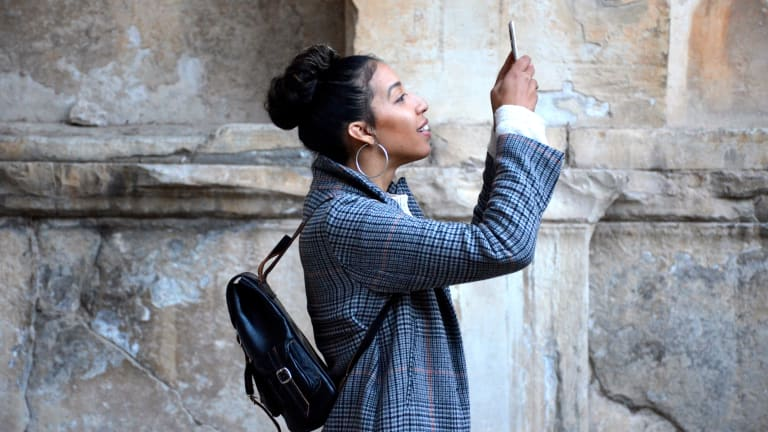 A Guide to Reorienting Your Time on Instagram