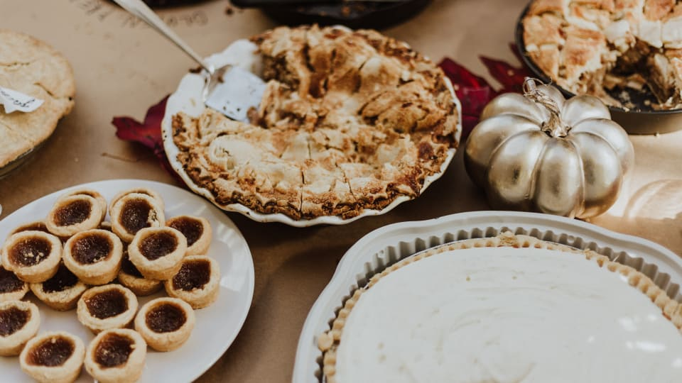 3 Warm Ways to Celebrate Thanksgiving Away from Home