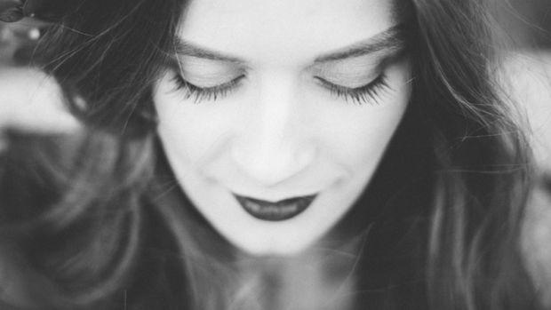 makeupillness_slider.jpg