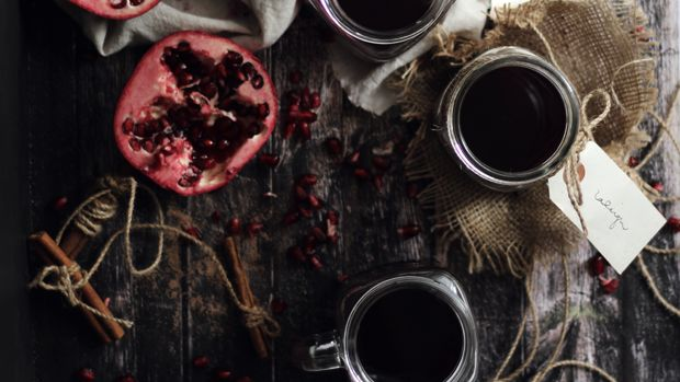pomegranate-mulled-wine