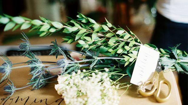 diy-flower-arranging-slider