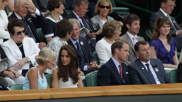1280px-Duke_and_Duchess_of_Cambridge_at_2011_Wimbledon