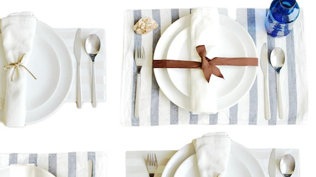table-settings-slider