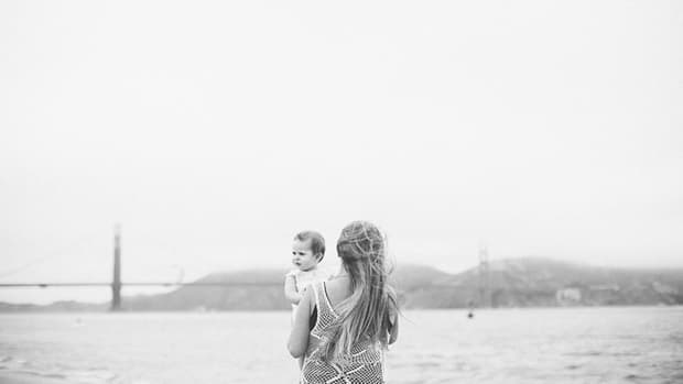 traveling with kids toddlers babies flying with children travel tips parenting motherhood