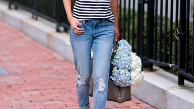 Outfit Inspiration, Fashion Blogger, Jeans and Tee, Casual Outfit, Outfit Ideas, Instagram