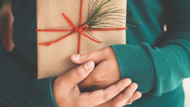 gift-giving-slider.png