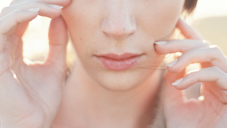 5 Zit-Zapping Tips to Stop a Pimple from Ruining Your Day