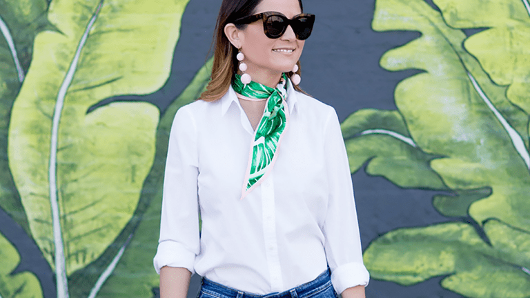 Simple Ways to Add Color to Your Outfit