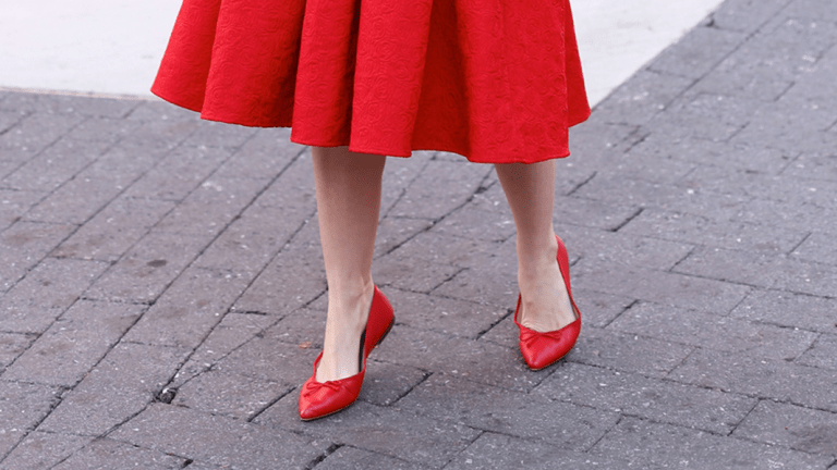 1e12776f104 Easy Outfits That Are Perfect for Your Classic Ballet Flats - Verily