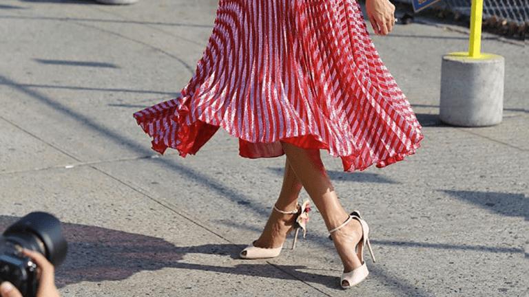 4 Fashion Week Street Style Trends That Are Bringing Back Feminine Elegance