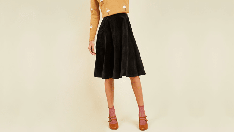 Missing Your Pretty Summer Skirts? These Warm Winter Midi Skirts Will Help