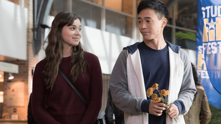'The Edge of Seventeen' Tells a Powerful Story of Overcoming Selfishness to Find Happiness
