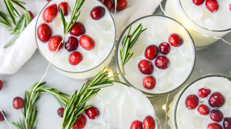 12 Holiday Cocktails to Celebrate 12 Days of Christmas