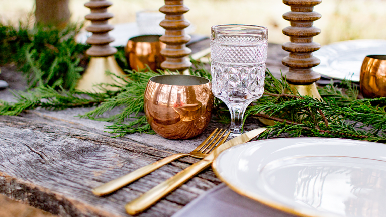 Easy Finishing Touches to Give Your Holiday Table a Dose of Hygge