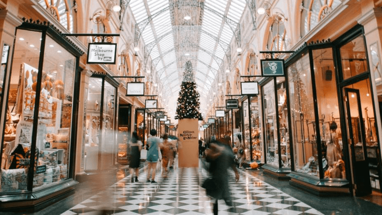 3 Ways I'm Making Holiday Shopping Less Stressful This Year