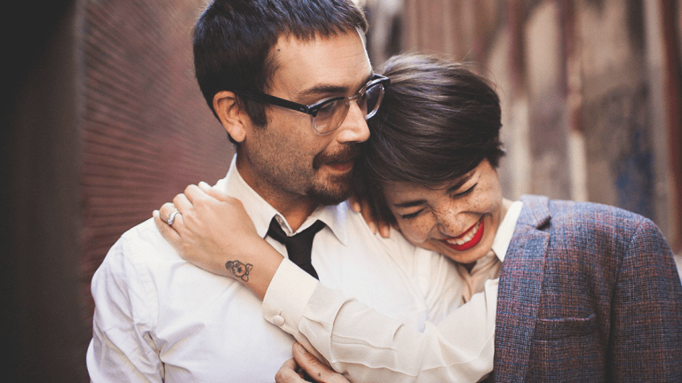 What Happy Couples Do (and Don't Do) Instead of Venting