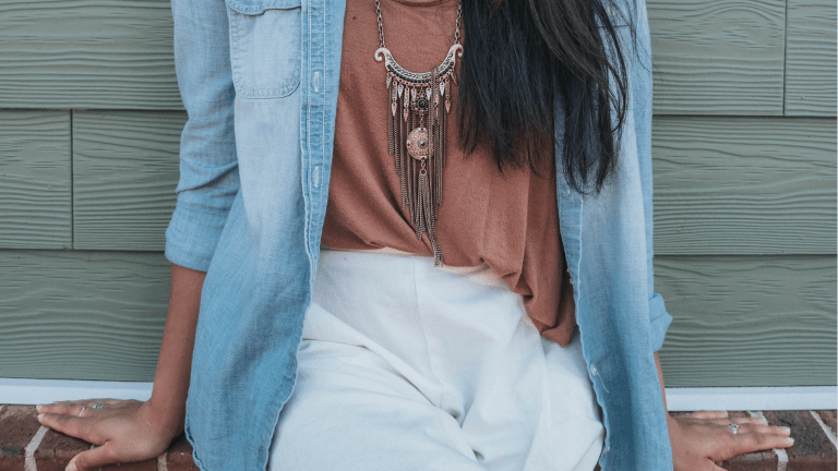 Styling Linen Pants for a Breezy Summer Look