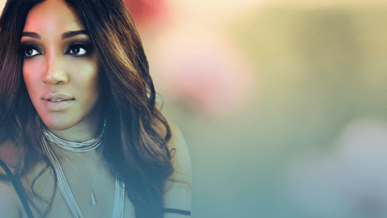 Top 40 Remix: Mickey Guyton's 'Sister' Articulates the Depth of Female Relationships