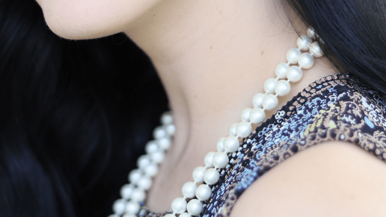 Your Guide to Pearls: How to Wear Pearls for (Almost) Every Occasion