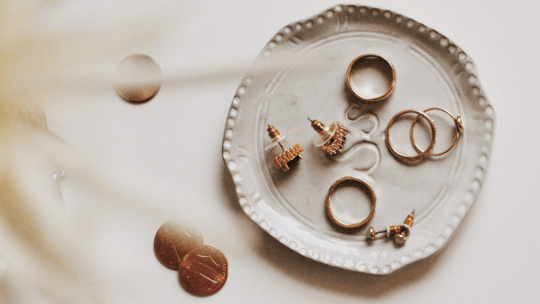 Curating a Capsule Jewelry Wardrobe
