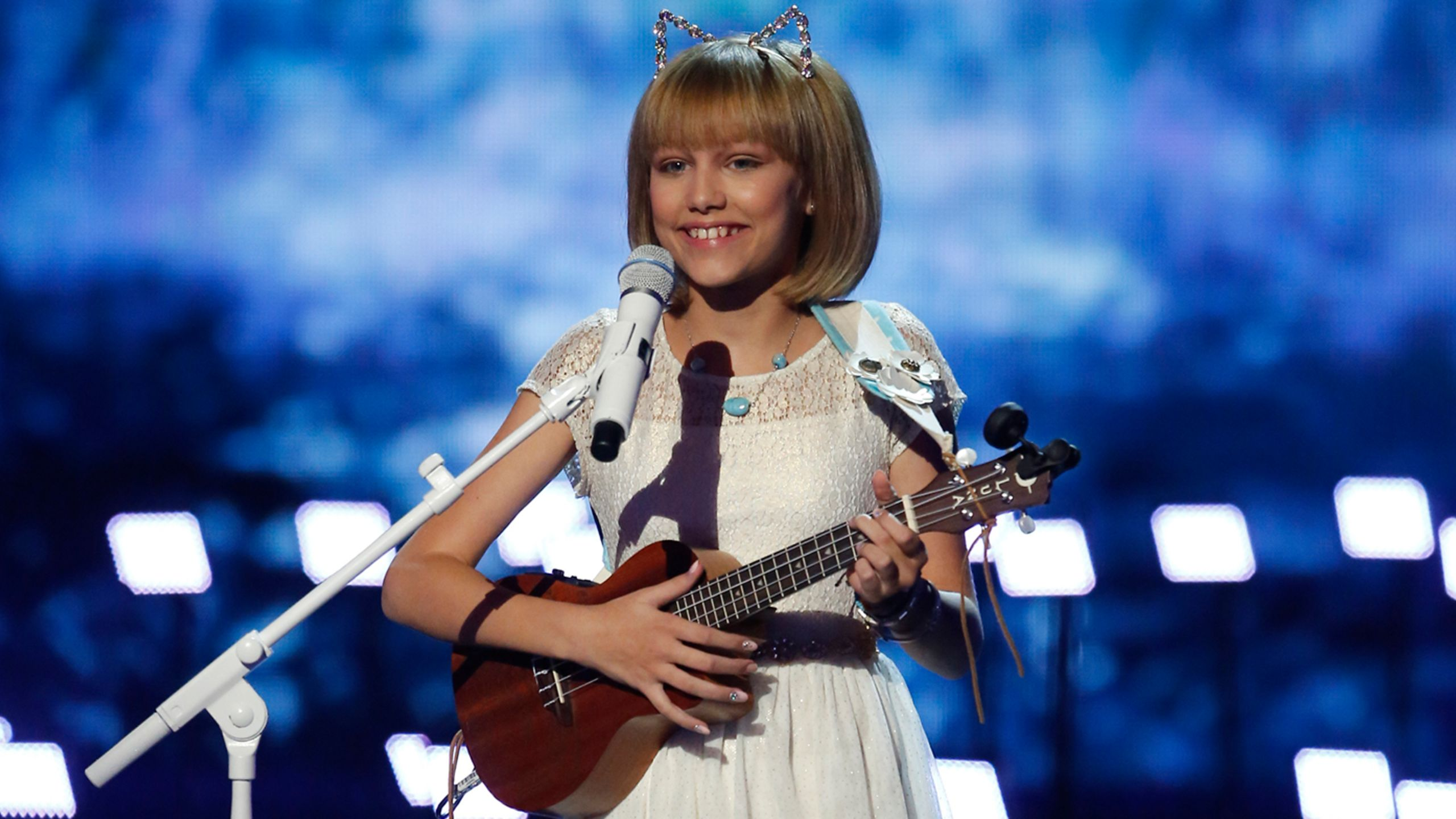 Why 12 year old grace vanderwaal isnt your average americas got why 12 year old grace vanderwaal isnt your average americas got talent winner verily hexwebz Gallery