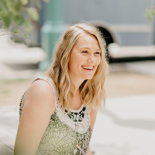 Claire Swinarski