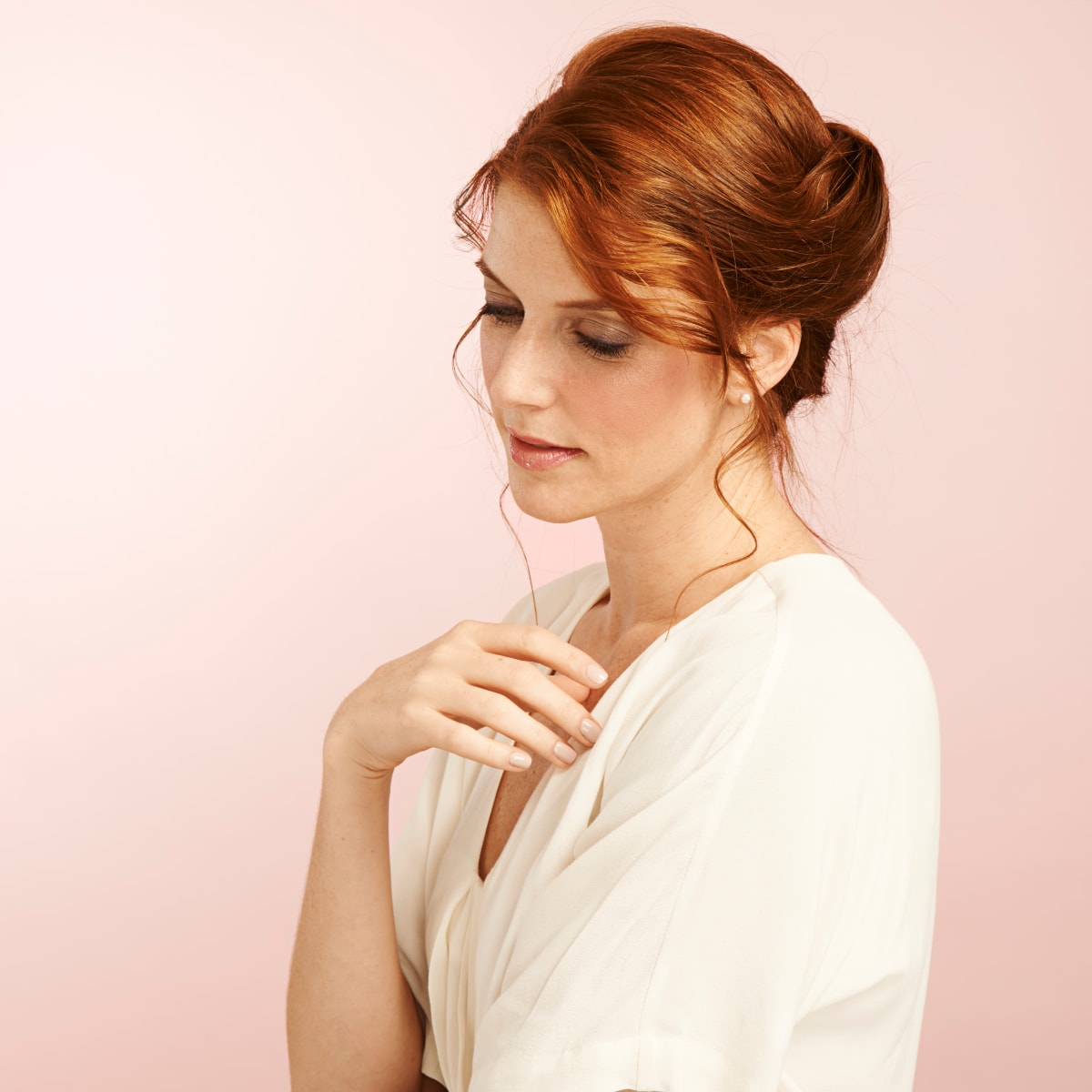 Think You Can T Do A French Twist These 4 Easy Steps Will Prove You Can Verily