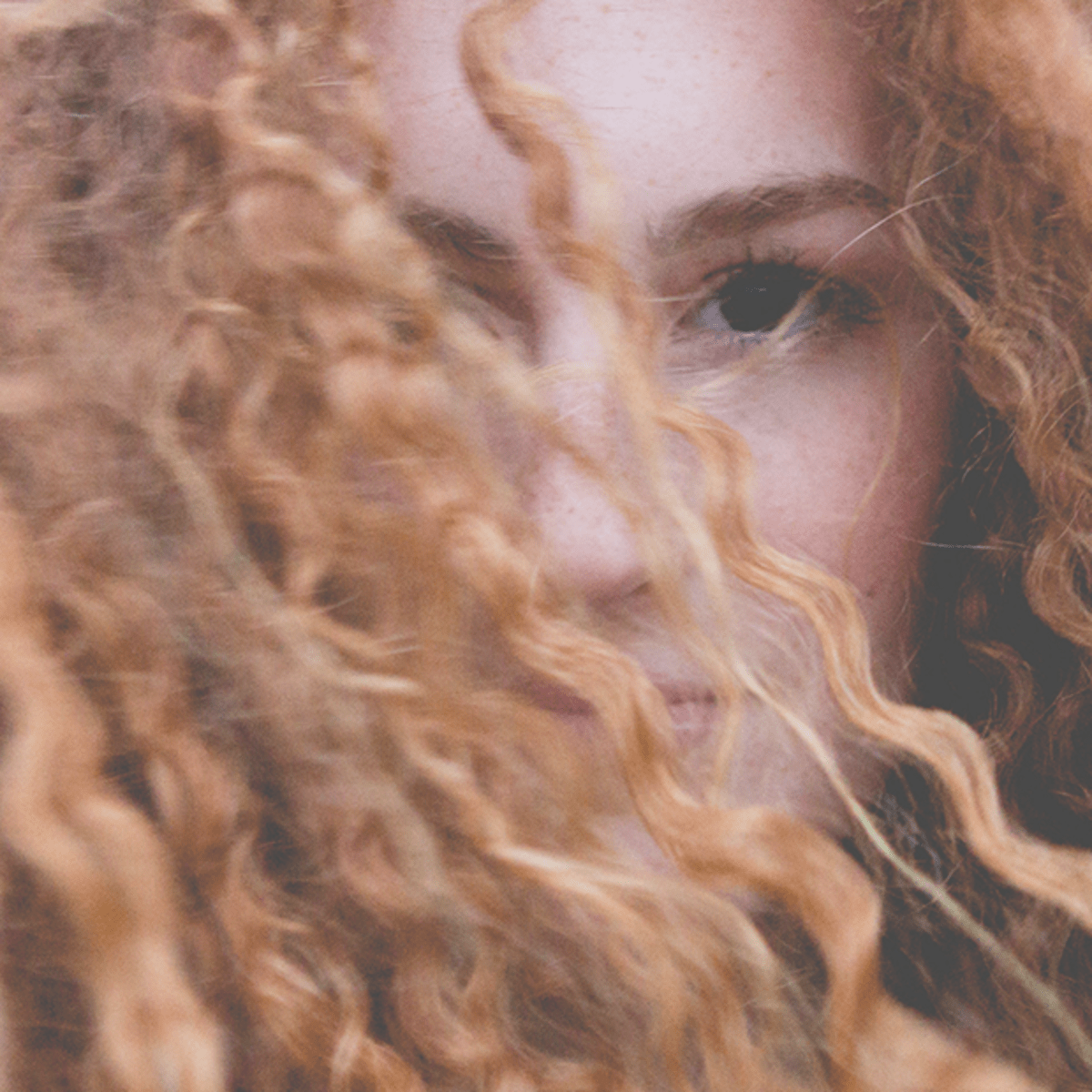 The Best Haircuts For Curly Thick And Fine Hair Verily