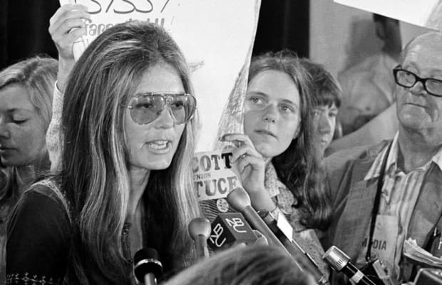 Gloria Steinem's New Memoir Reveals a Heartbreaking Misunderstanding of Motherhood