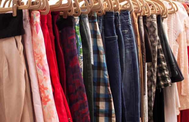 Where to Look (and Where Not to Look) In a Thrift Store For Vintage Gems