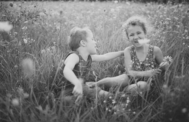 Gentlemen Speak: 3 Crucial Dating Lessons I Learned from My Sister